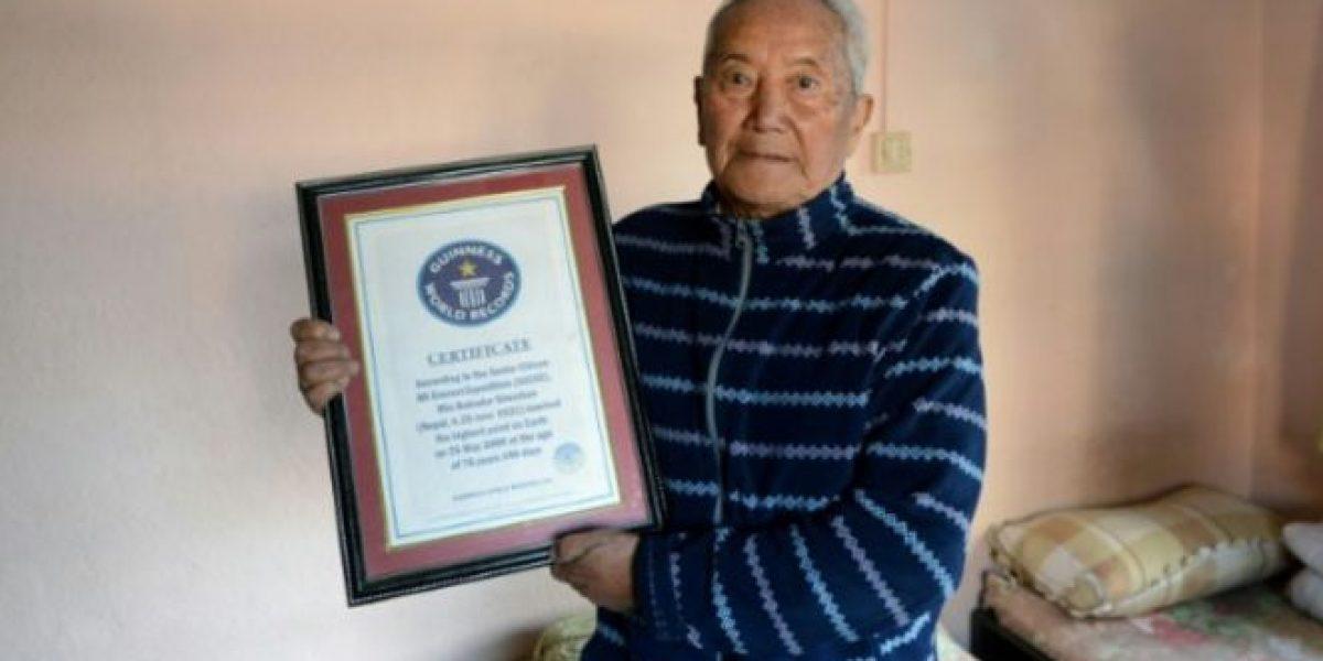 Un nepalí de 85 años quiere reconquistar el Everest