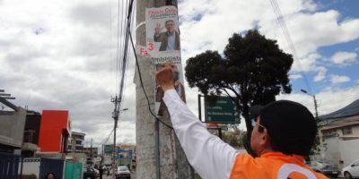 10 días de plazo para limpiar Quito de propaganda electoral