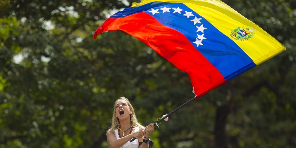 En Venezuela marchan tras cumplirse tres años del encarcelamiento de Leopoldo López