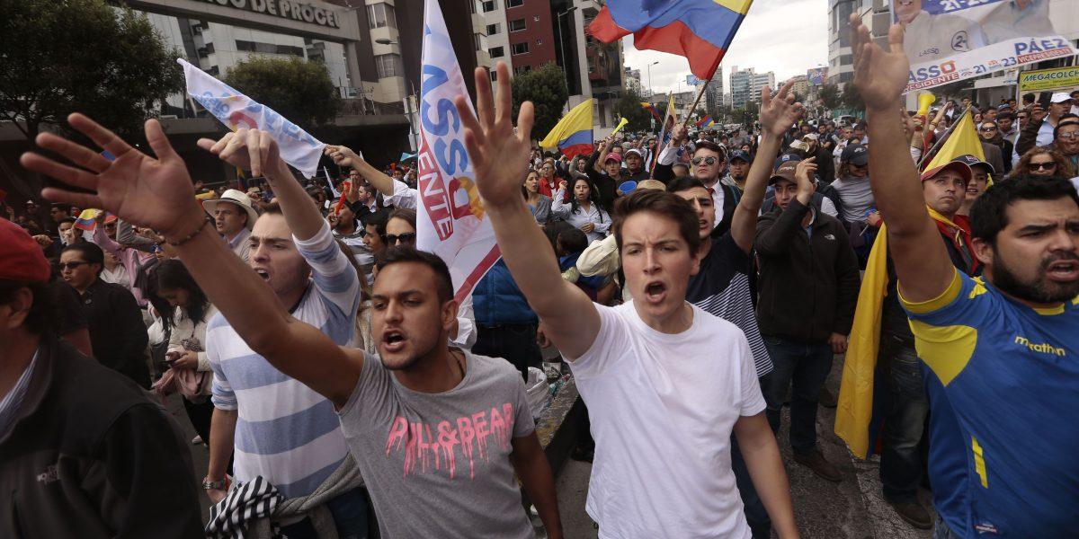 Con la etiqueta #VamosAlCNE manifestantes convocan nuevamente