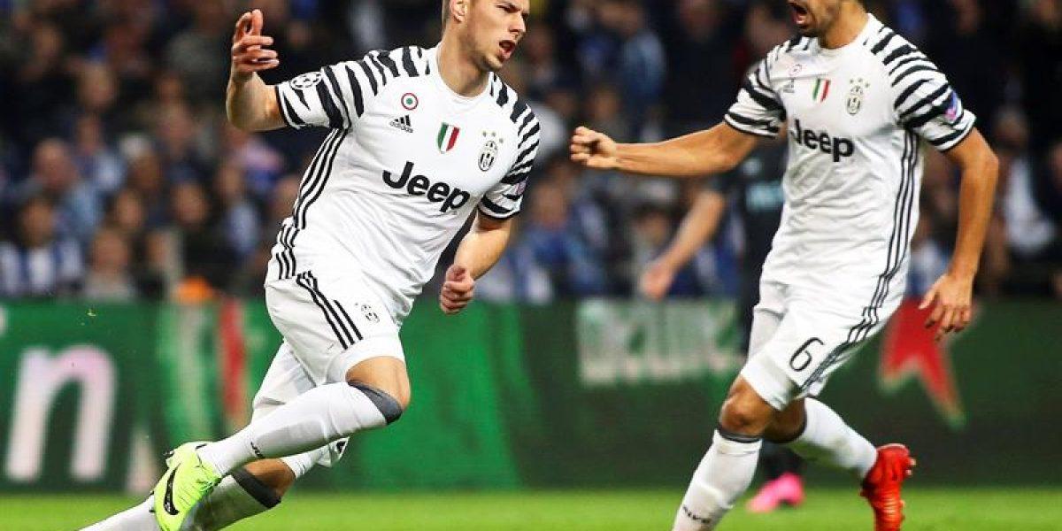La Juventus vence 2-0 al Oporto y se acerca a cuartos
