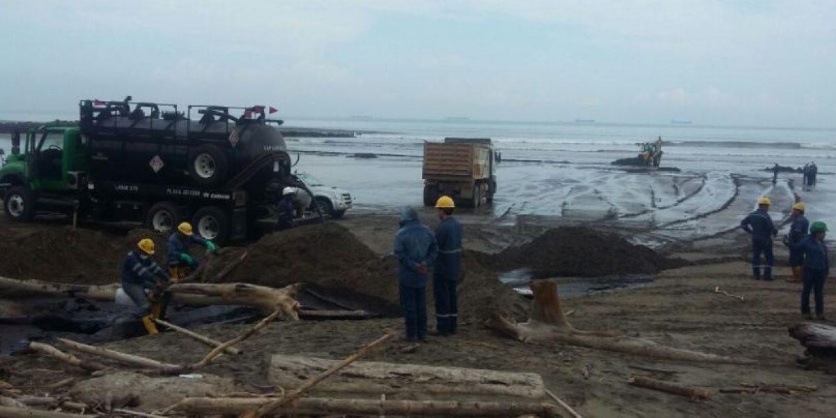 Fiscalía de Ecuador investiga derrame en provincia fronteriza con Colombia