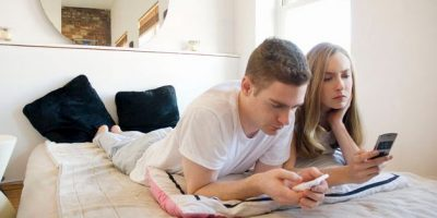 ¿Redes sociales afectan a las relaciones de pareja?