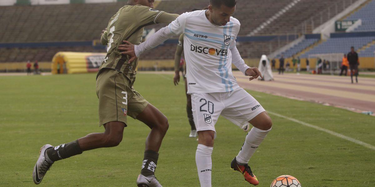 Universidad Católica, Delfín y Emelec lideran torneo nacional