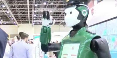 Primer robot policía de Dubái