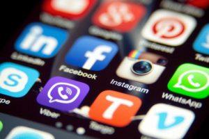 La 'lista negra' de las apps prohibidas en los teléfonos de empresa