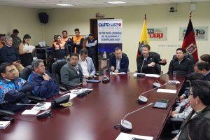 Quito: Evacuan a 35 familias por fuerte temporal invernal