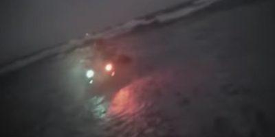 Rapero se lanzó al mar para no pagar cuenta de restaurante