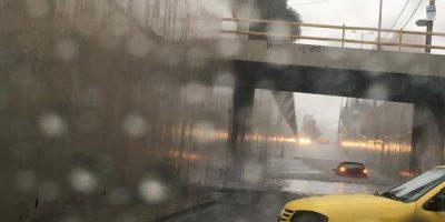 Usuarios de redes sociales denuncian inundaciones en Quito