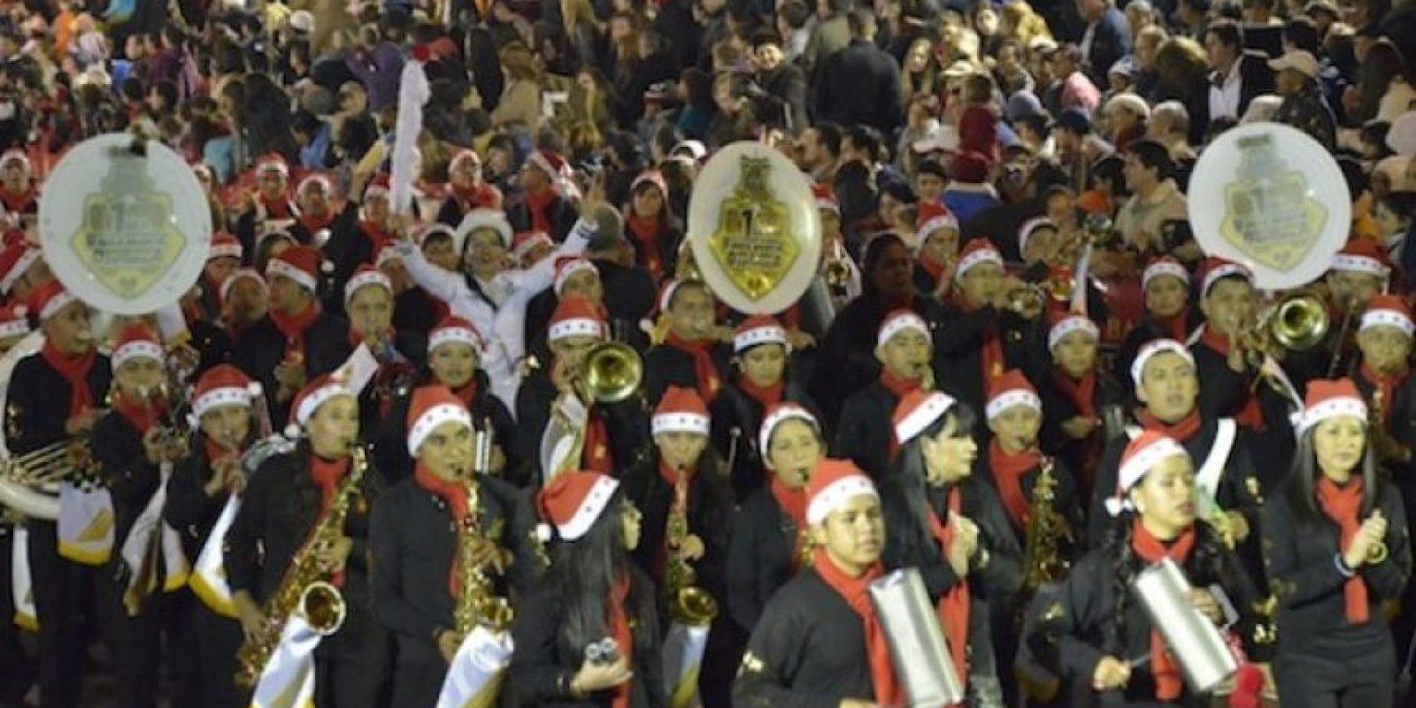 Las bandas musicales interpretaron temas navideños. Foto:Juan José López Torres / Publinews