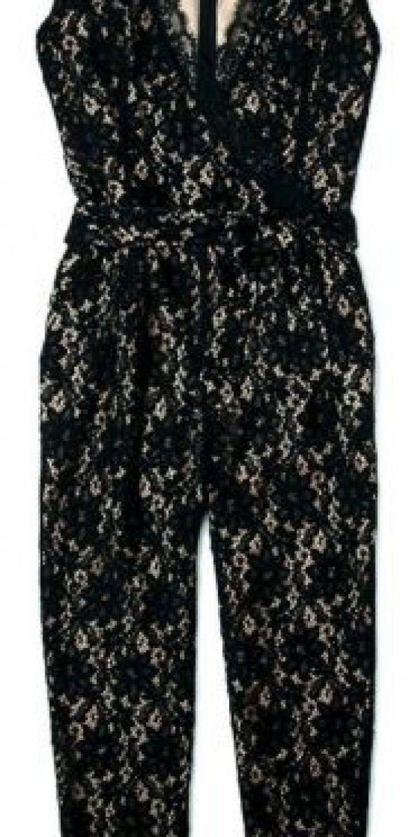 ALICE by Temperley Overol de encaje negro US$701.25 www.my- wardrobe.com