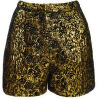 ASOS Pantalones cortos color oro US$54. www.asos.com
