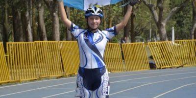 Angélica Díaz se corona en los 500 metros
