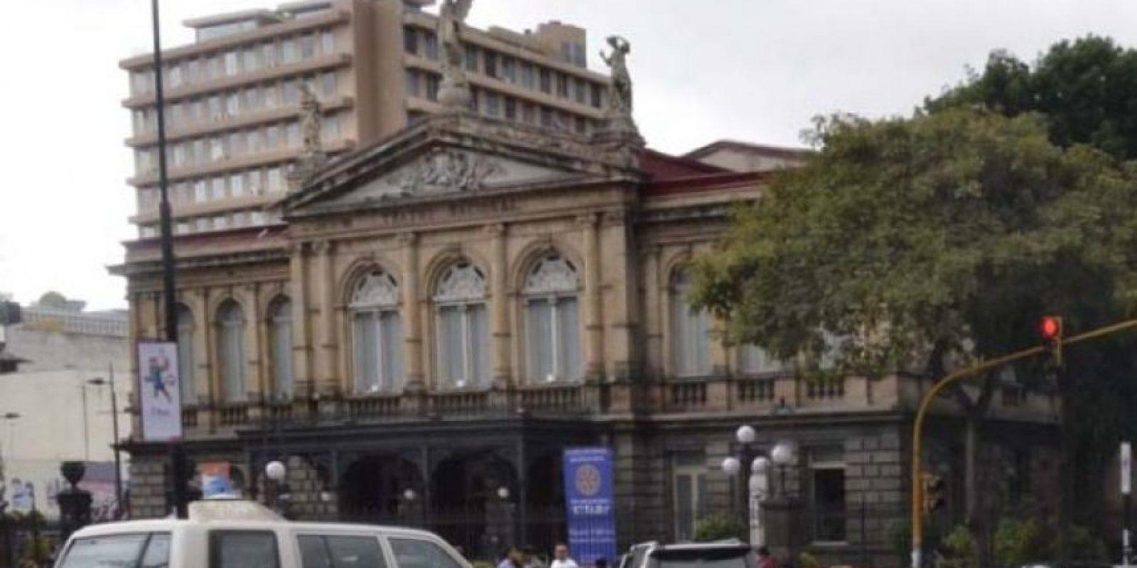 El Teatro Nacional está ubicado la avenida segunda entre calle 3 y 5, en el distrito Catedral. Foto:Mynor Arita, enviado especial