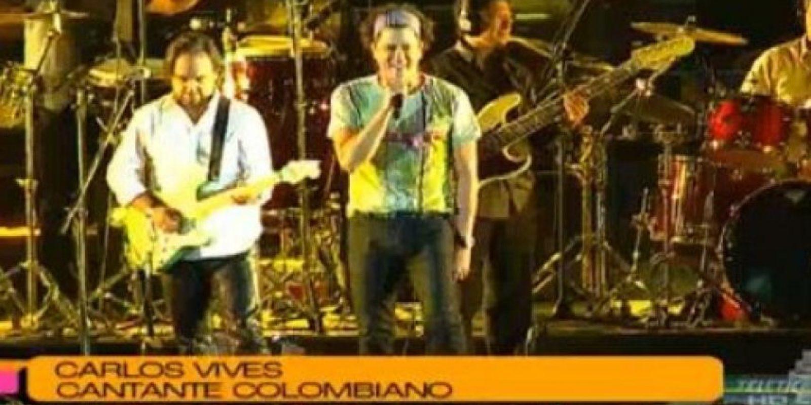 Carlos Vives acompañó a los atletas en la celebración de clausura