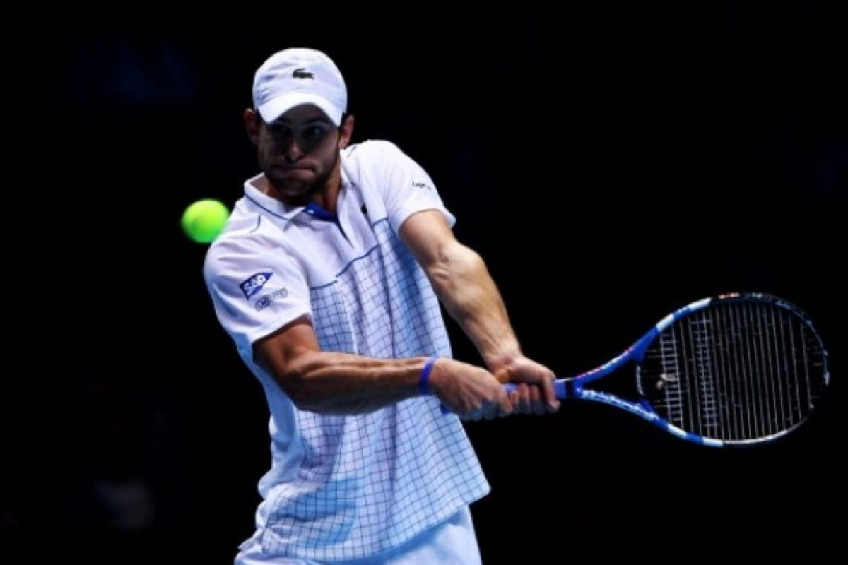 El tenista estadounidense Andy Roddick, terminó nueve temporadas consecutivas entre los 10 mejores tenistas del mundo (2002-2010)