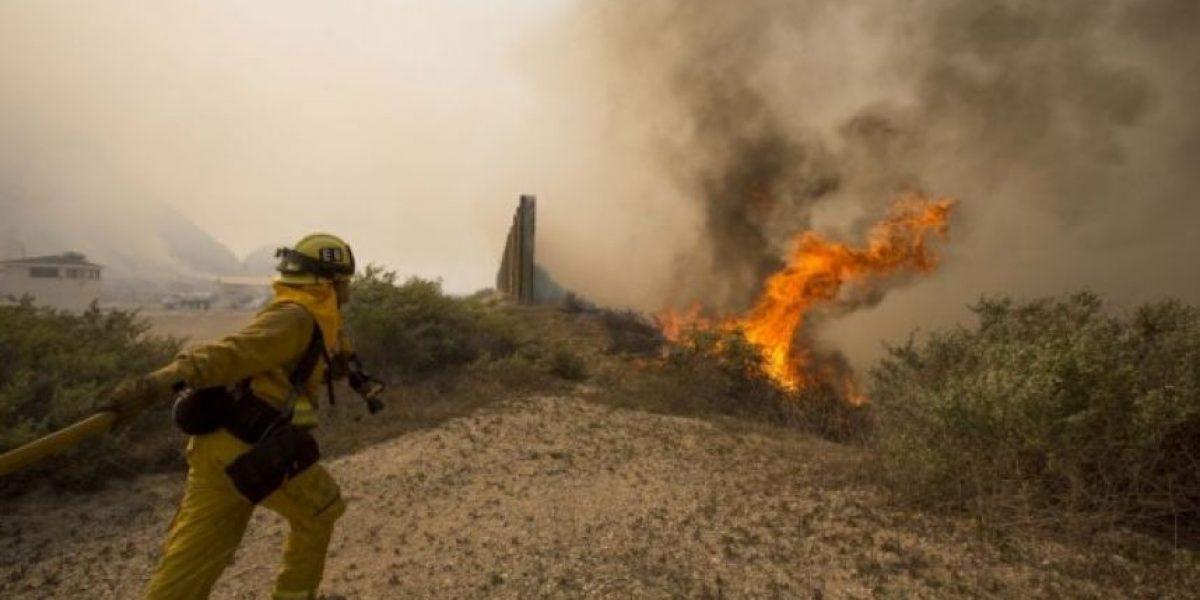 FOTOS: Incendio forestal en California se triplica