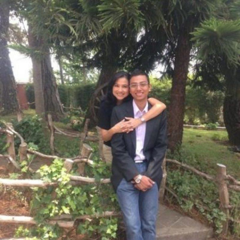 Luis Alejandro De la Roca, Monica Galicia De de la Roca. Te amo mamá GRACIAS, por estar a mi lado en todo momento y se que así sera por siempre!! Gracias publinews!!