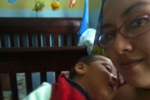 De: Matias Victorio Gracias Mami por tenerme paciencia en las madrugadas, feliz primer día de las madres…
