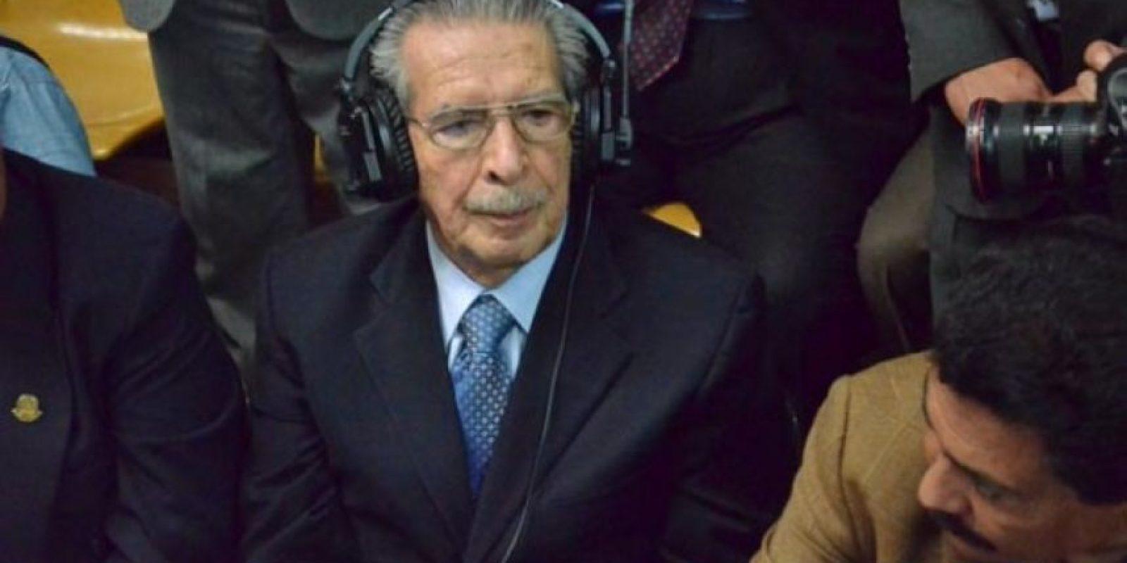 Al conocer la primera condena, Efraín Ríos Montt simplemente levantó las cejas, sin inmutarse. Foto:Juan José López Torres