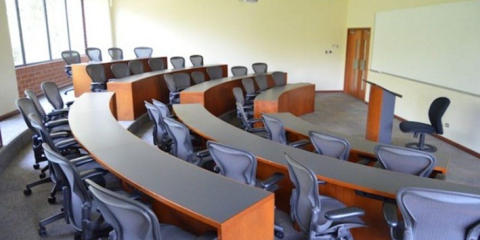 Aula de la Escuela de Negocios. Foto:Juan José López Torres