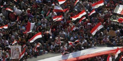 Mursi denuncia golpe de estado y asegura ser aún el Presidente egipcio