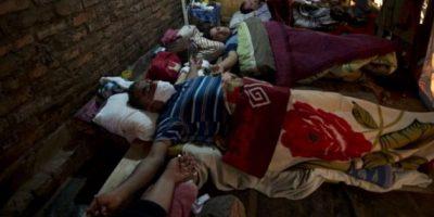 Choferes de buses se crucifican en Paraguay tras once días de huelga