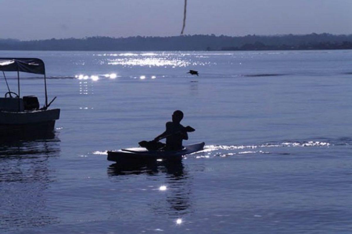 Sand Bay, Puerto Barrios, por Carlos Rodríguez
