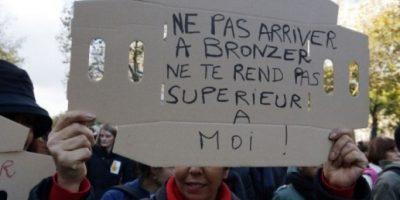 FOTOS: Miles de personas marchan en Francia contra el racismo