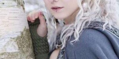 FOTOS. Mujer se operó las orejas para parecer Elfo