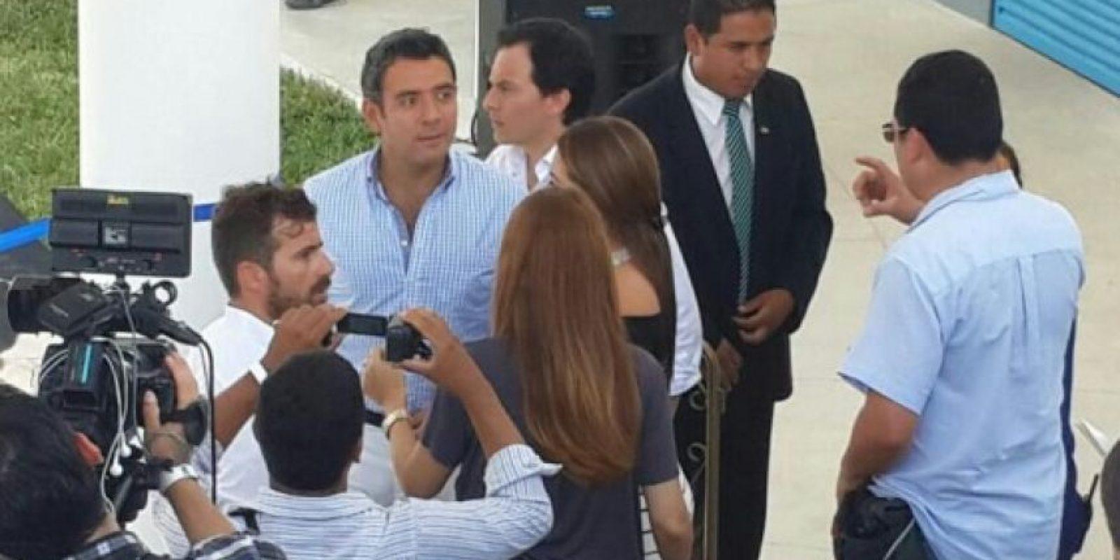 El actor Héctor Sandarti asiste a la inauguración. Foto:Pedro Orozco