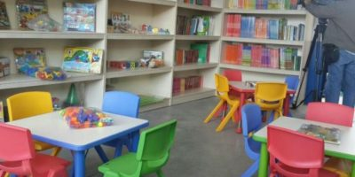Ricardo Arjona inaugura escuela en El Progreso