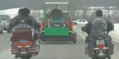 FOTOS: Amante de las motos fue enterrado en su Harley Davidson