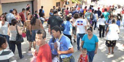 Un ambiente concurrido se registró en el Centro de Ferias y Convenciones (Cifco). Foto:Juan José López Torres