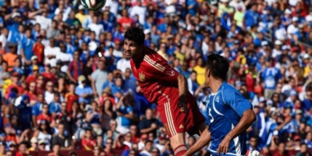 España vence 2-0 a El Salvador en juego amistoso
