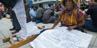FOTOS. Pobladores de San Juan Sacatepéquez rechazan cementera