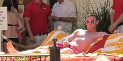 Wayne Rooney olvida eliminación de Inglaterra en una