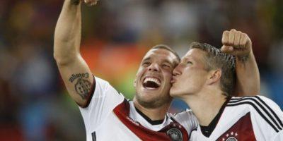 VIDEO. Podolski y Schweinsteiger