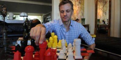 Promueven un ajedrez de cuatro jugadores y un inédito príncipe