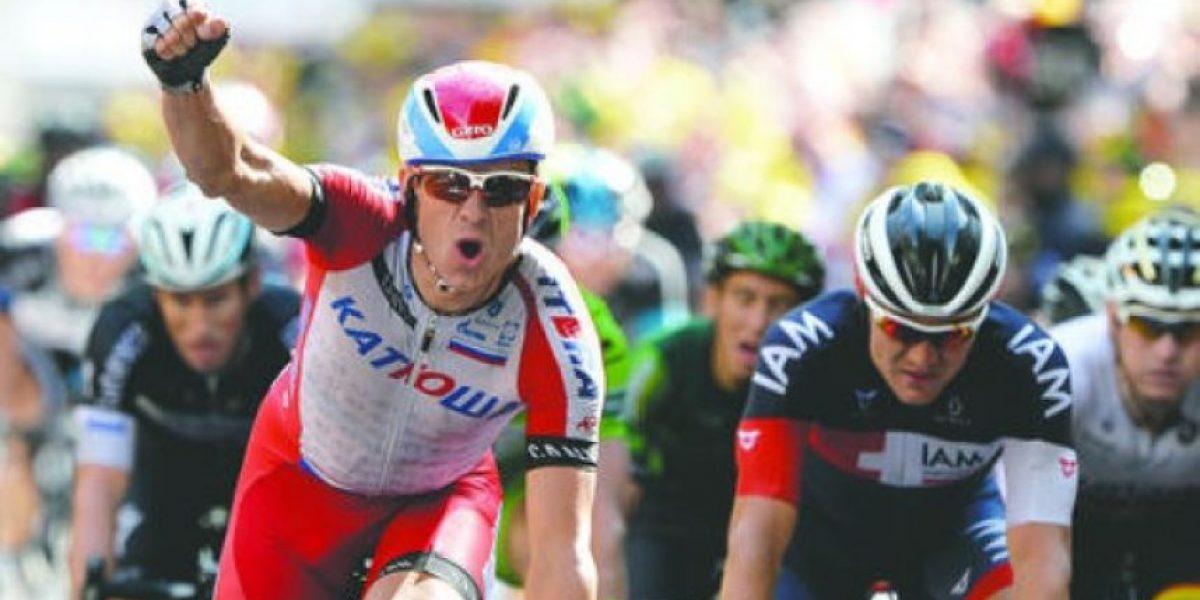 Kristoff vuelve a ganar y Nibali sigue al frente del Tour