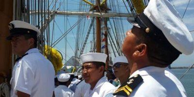 FOTOS. Atraca en puerto Quetzal el buque insignia de México