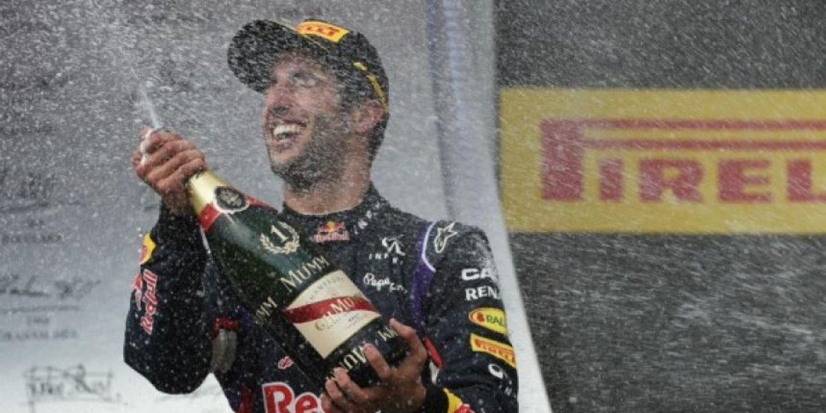 FOTOS. Ricciardo le quita el premio a Alonso