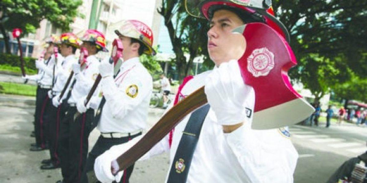 FOTOS. 58 años de servicio bomberil