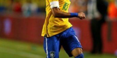 El Brasil de Dunga inició victorioso gracias a Neymar