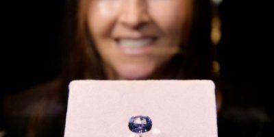 Museo de Los Ángeles exhibe un diamante azul de 12 quilates