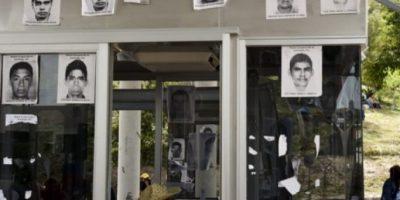 México: maestros amenazan con tomar alcaldías por estudiantes desaparecidos