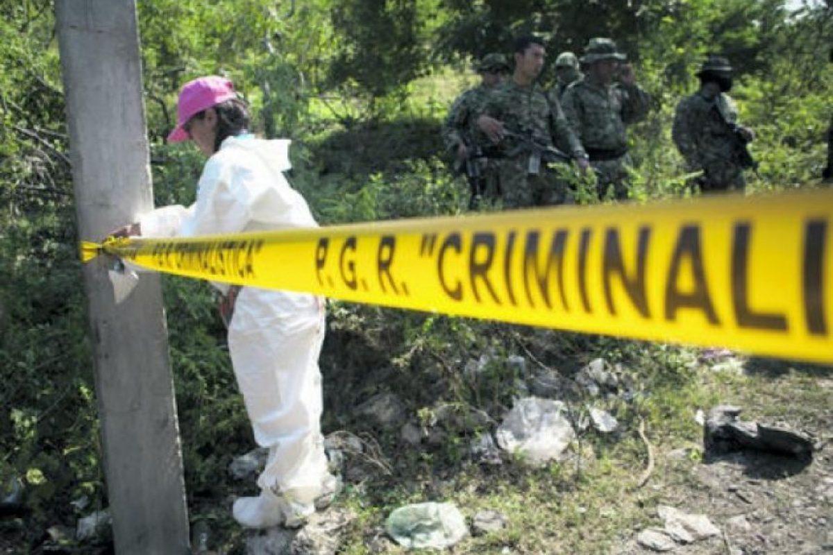 La nueva fosa clandestina, en la que los investigadores mexicanos intentan descubrir si fueron enterrados los cuerpos de los 43 estudiantes des- aparecidos desde hace un mes, fue localizada en la localidad de Cocula.
