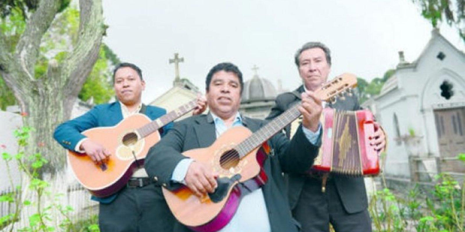 """El trío """"Los románticos"""" Rolando Méndez, Armando González y José Morán dijeron estar """"listos""""."""