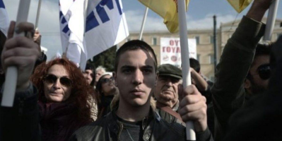 Más de 25.000 manifestantes contra la austeridad en Grecia