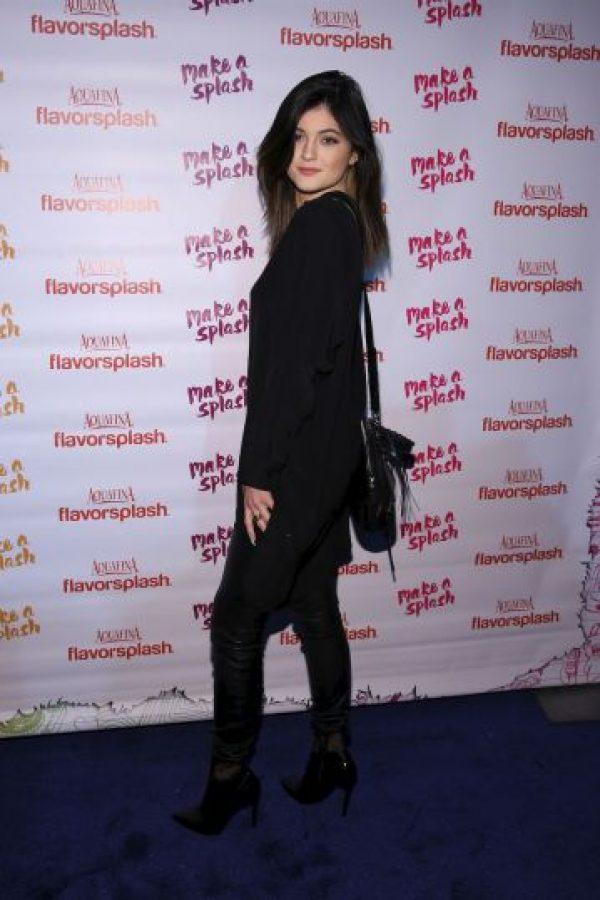 Kylie intenta vivir una vida normal pese a estar rodeada de lujos Foto:Getty Images